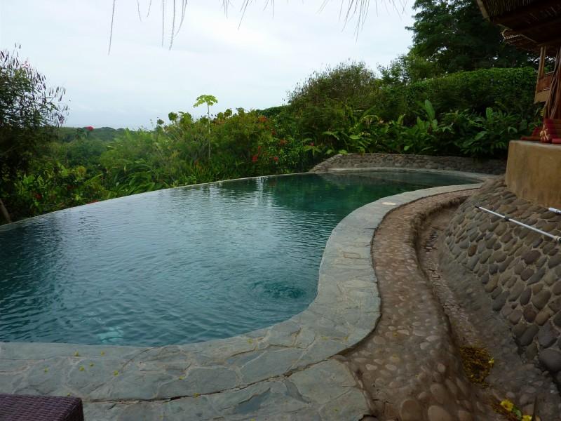 pool CR